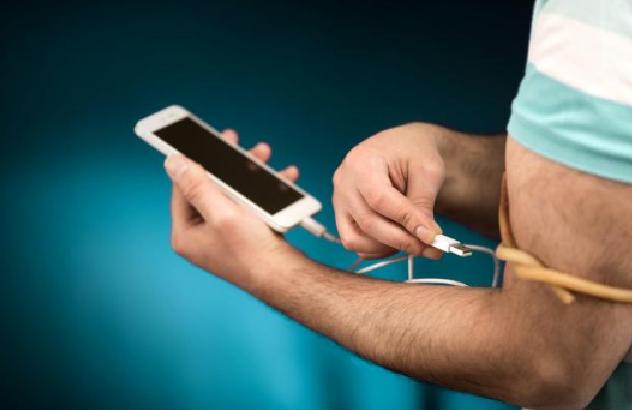 Varësia nga telefonat e mençur  një  drogë  që duhet të hiqet gradualisht