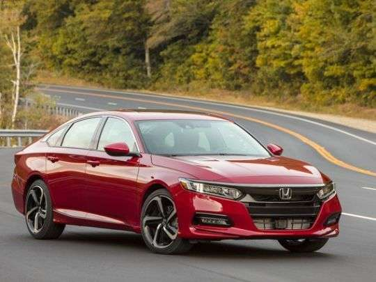 2018_honda_accord_sport_20t_001_large