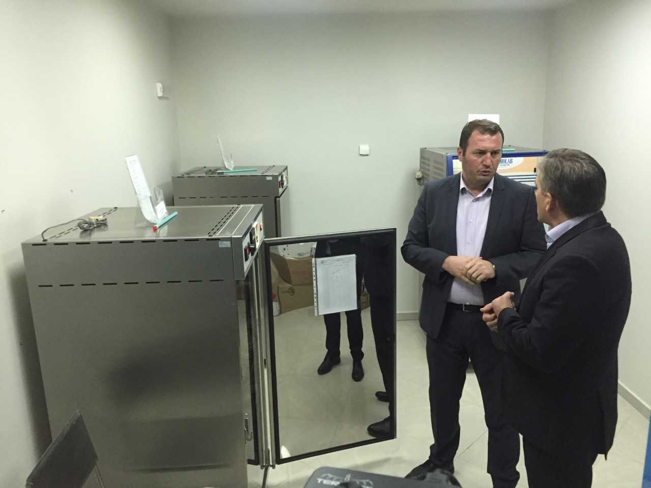 ministri-beqaj-kosoves-i-duhen-ndermarres-qe-nuk-prodhojne-vetem-per-tregun-e-brendshem