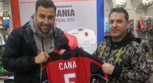 Vëllaznimi – Prishtina, Cana nis lojën nga mesi i fushës
