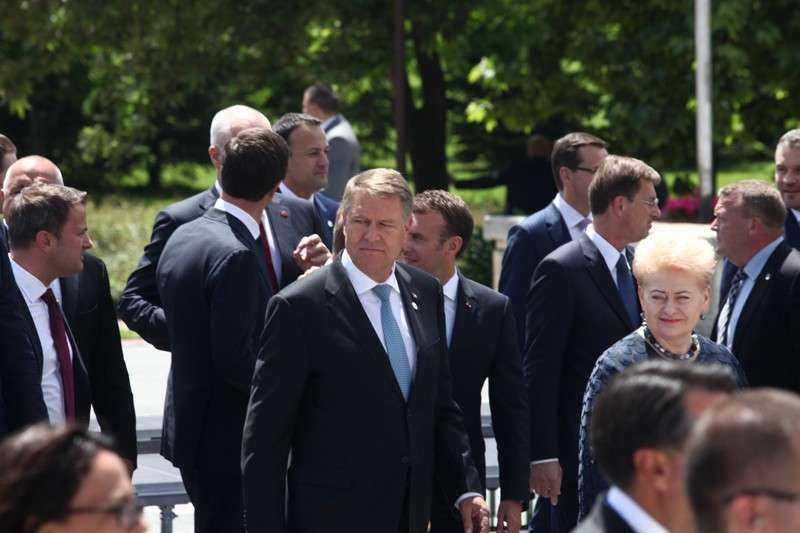eu-western-balkans-summit-family-phoro_41268193475_o