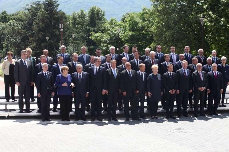 eu-western-balkans-summit-family-phoro_41268195475_o