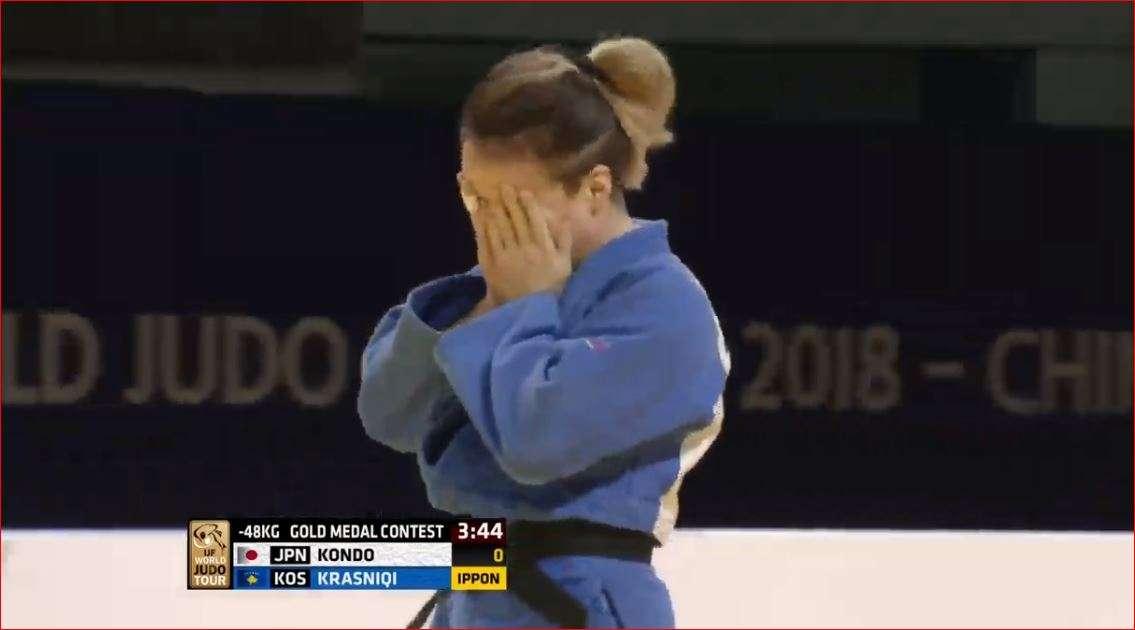Distria Krasniqi e rrëmben të ARTËN në Kinë  i mjaftuan 16 sekonda për ta fituar luftën finale