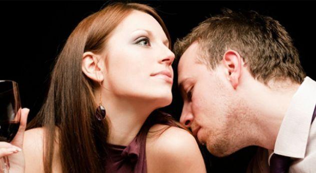 Nuk është parfumi  ja aroma e femrave që  çmend  meshkujt