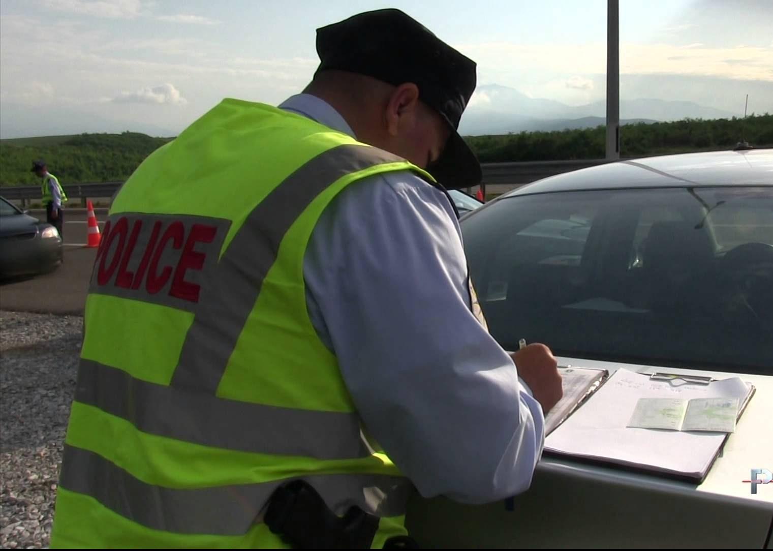 Mbi 1500 tiketa trafiku për një ditë
