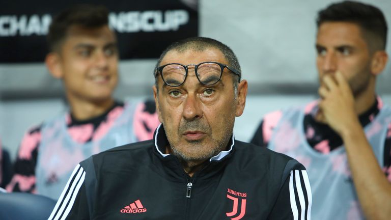 Sarri nuk mendon për Ligën e Kampionëve  ka fokusin në Serie A