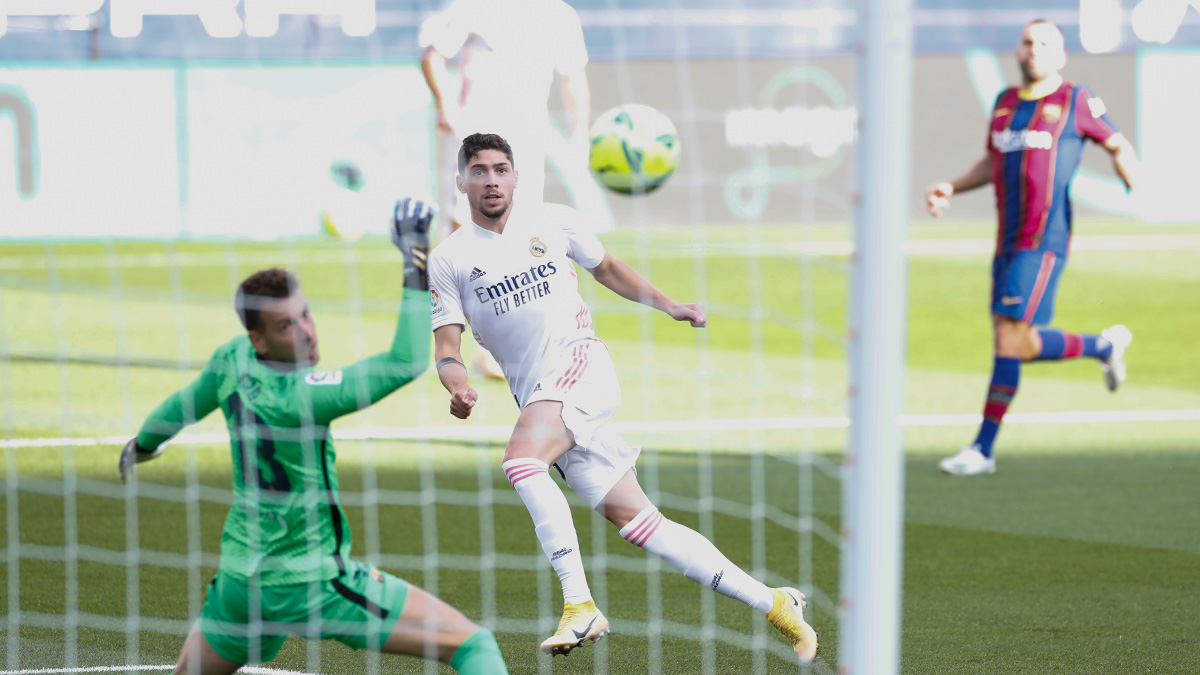 'El Clasico' i takon Real Madridit, 'Mbretërit' gjunjëzojnë Barcelonën në shtëpinë e saj